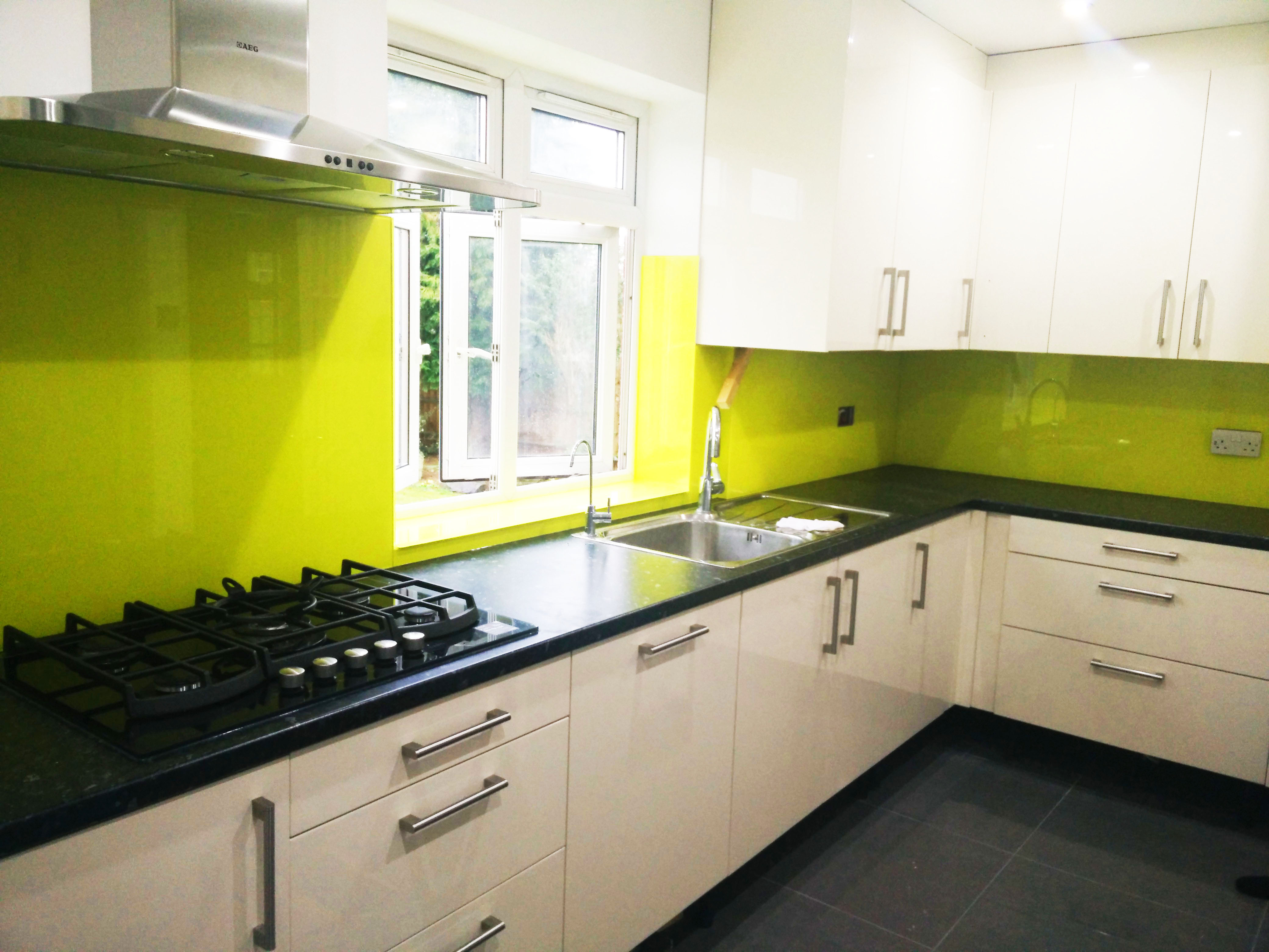 glass splashbacks for kitchens and interiors 20 winter sale free