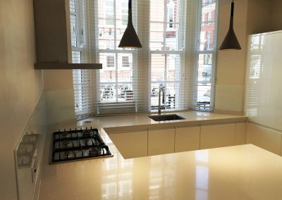 clear glass splashback