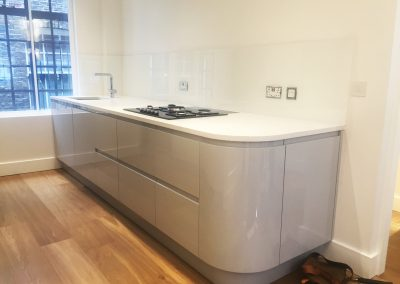 clear simple glass splashback