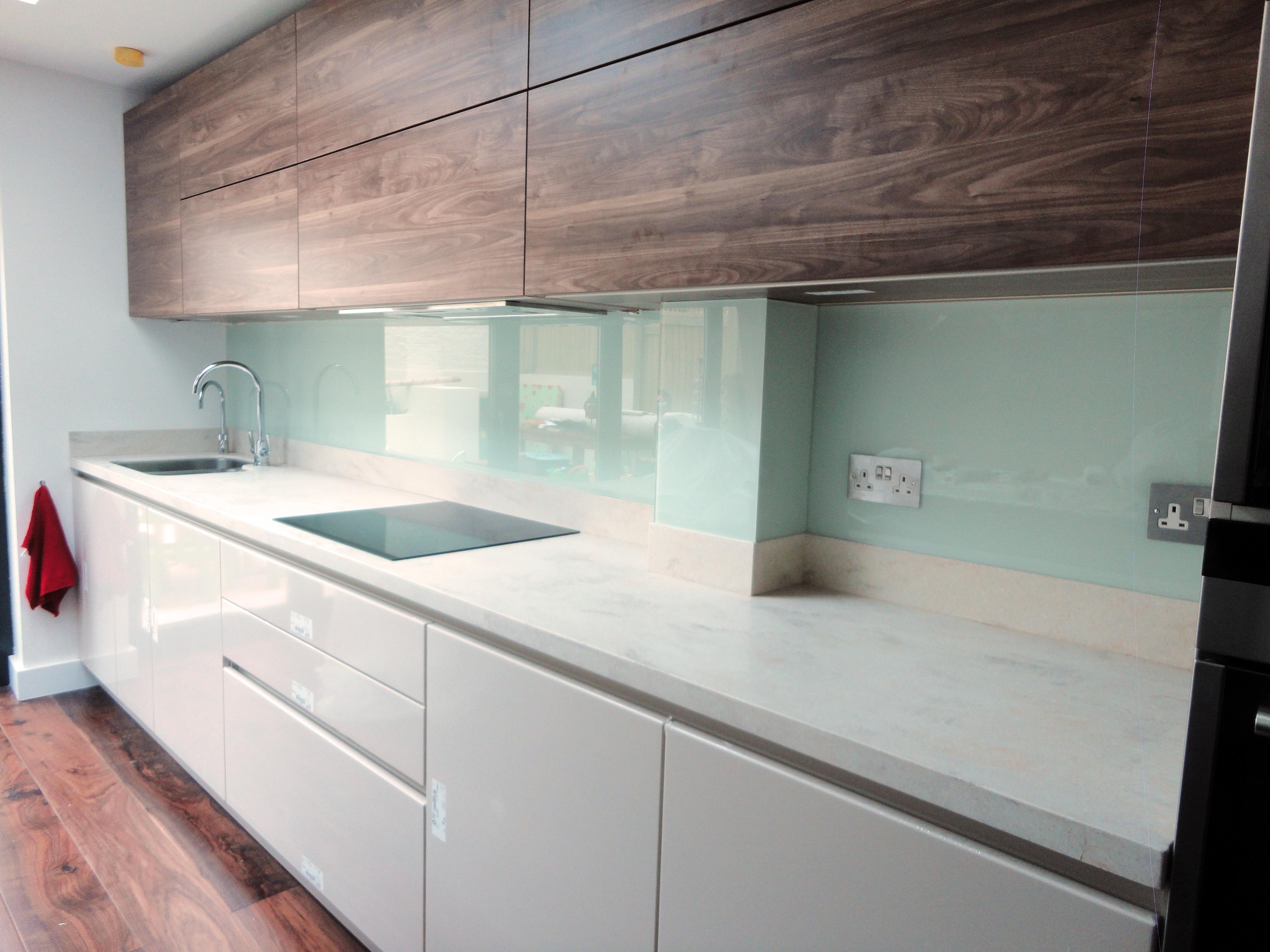 light-turquoise-kitchen-splashback-2.jpg (4320×3240)