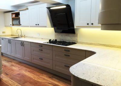 light yellow kitchen splashback