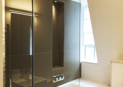 shower screen2