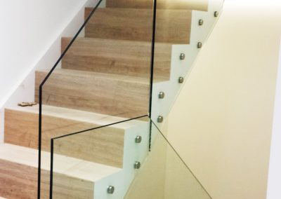 Balustrade on stairs clear toughened glass