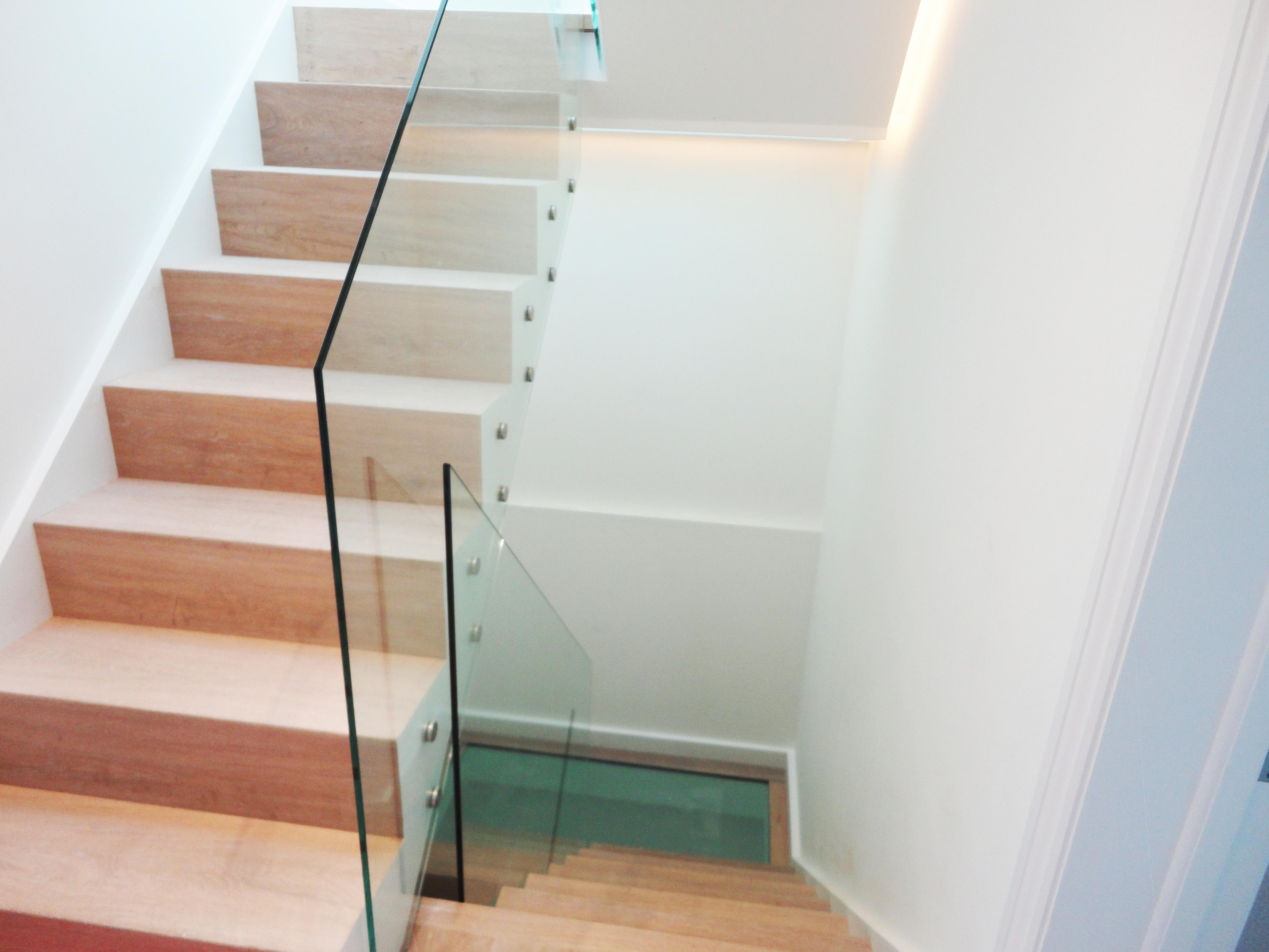 balustrades glass outlet. Black Bedroom Furniture Sets. Home Design Ideas