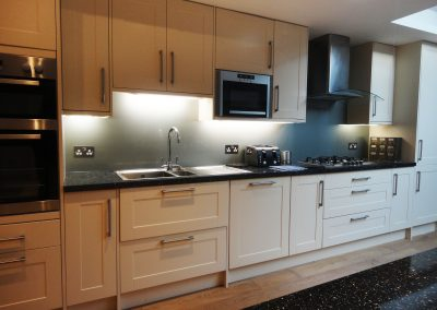 grey kitchen splashback