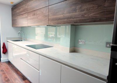 light turquoise kitchen splashback