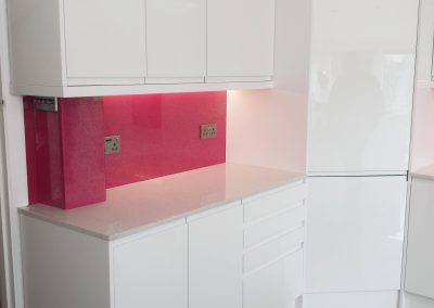 pink crystal glass splashback