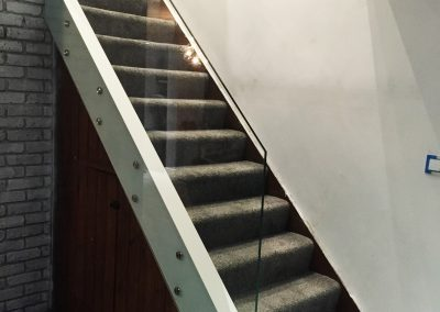 stair balustrades 10mm clear toughened